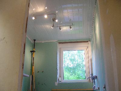 Suspentes Plafond Isolation Ba13 Finitions Escaliers Tuyaux