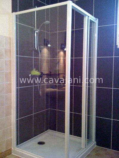 dsc046 sanitaire paroi douche receveur vincey renovation cherche artisan plombier refaire salle. Black Bedroom Furniture Sets. Home Design Ideas